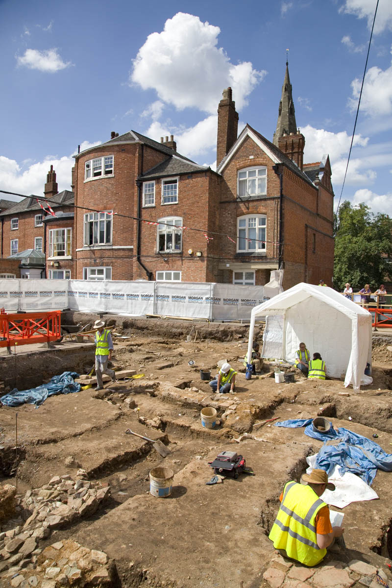 Grey Friars Phase II: The 2013 excavation