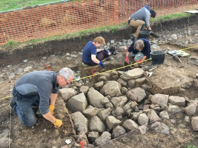 Our final find in Trench 3 was the corner of a large rectangular structure, perhaps a building.