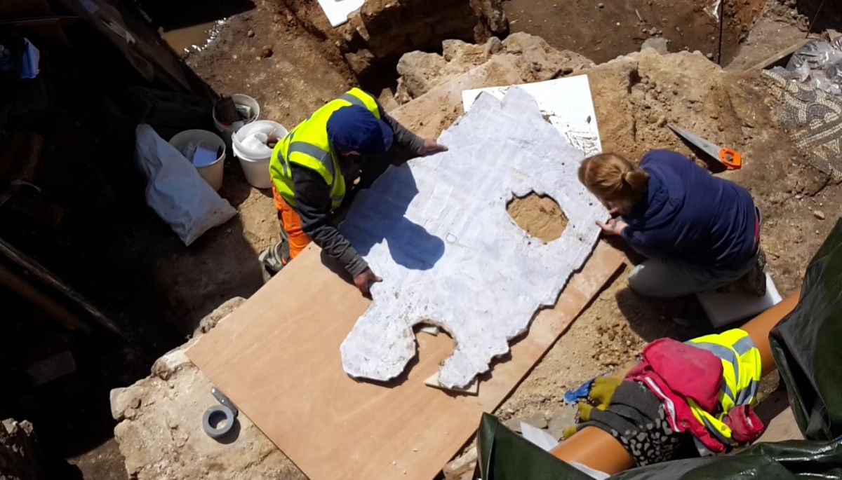 Lifting Begins on the fine Roman mosaic